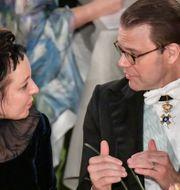 Olga Tokarczuk, Nobelpristagare i litteratur och Prins Daniel under Nobelbanketten i Stadshuset i Stockholm. Anders Wiklund/TT / TT NYHETSBYRÅN