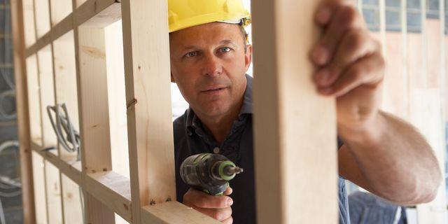 Suget efter arbetskraft minskar enligt rapport 2