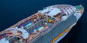 Världens största kryssningsfartyg Harmony of the Seas har just invigts i samband med sin jungfrufärd från Barcelona den 7 april. Royal Caribbean Cruises