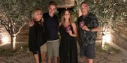 Kyriakos Mitstotakis och hans fru Mareva Grabowski-Mitsotaki, Rita Wilson och Tom Hanks.  TT NYHETSBYRÅN