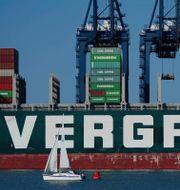 Arkivbild: Ever Given lämnade hamnen i Felixtowe i brittiska Suffolk i början av augusti, på väg mot Kina.  Aaron Chown / TT NYHETSBYRÅN