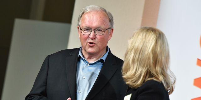Göran Persson vid Swedbanks extrainsatta bolagstämma.  Claudio Bresciani/TT / TT NYHETSBYRÅN