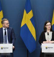 Mikael Damberg och Anna Ekström. Pontus Lundahl/TT / TT NYHETSBYRÅN
