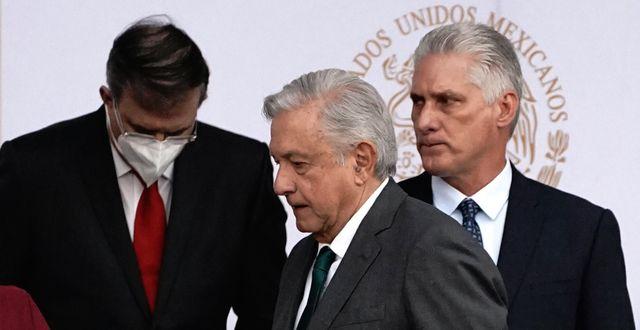 Kubas president Miguel Díaz-Canel tillsammans med Mexikos dito Andrés Manuel López Obrador.  Marco Ugarte / TT NYHETSBYRÅN
