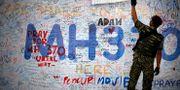 Vägg med meddelanden till de som försvann på MH370.  Wong Maye-E / TT NYHETSBYRÅN/ NTB Scanpix