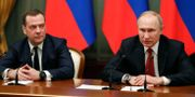 Medvedev och Putin. DMITRY ASTAKHOV / SPUTNIK