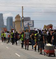 Black lives matter-demonstration i Los Angeles. Mark J. Terrill / TT NYHETSBYRÅN