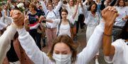 Protester i Minsk, Belarus. TT NYHETSBYRÅN