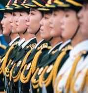 Arkivbilder. Kinesisk vårdpersonal/Hedersvakter i Kina TT