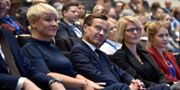 Vice partiordförande Anja Tenje, partiledare Ulf Kristersson (M) och Elisabeth Svantesson, ekonomisk-politisk talesperson, under Moderaternas partistämma i Västerås.  Linus Svensson/TT / TT NYHETSBYRÅN