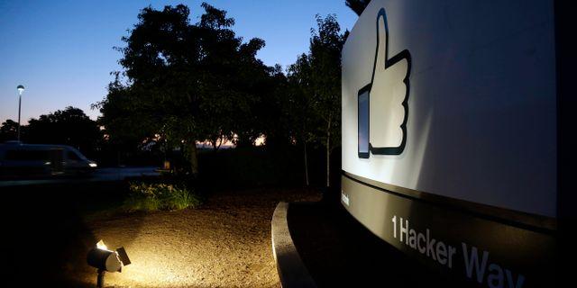 Debattörerna efterlyser en ärlig valkampanj på sociala medier. Marcio Jose Sanchez / TT / NTB Scanpix