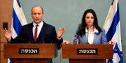 Bennett och justitieminister Ayelet Shaked i Knesset på måndagen. THOMAS COEX / AFP