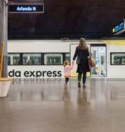 Arlanda express är det snabbaste och bekvämaste resealternativet mellan Stockholm City och Arlanda. Johan Annerfelt