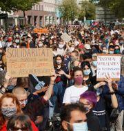 Demonstranter i Berlin på söndagen. J'rg Carstensen / TT NYHETSBYRÅN