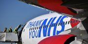 Airbus tackar vården i Storbritannien för deras insatser.  BEN STANSALL / TT NYHETSBYRÅN