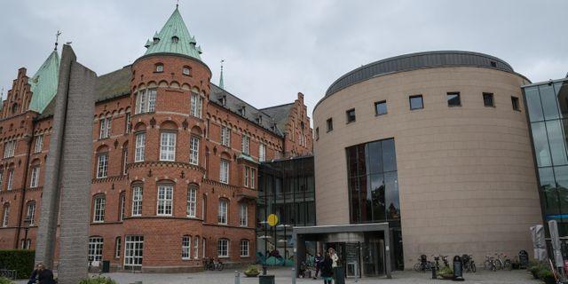 Stadsbiblioteket i Malmö - ingången från Regementsgatan. Johan Nilsson/TT / TT NYHETSBYRÅN