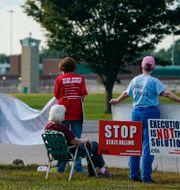 Protester mot dödsstraffet i delstaten Indiana i augusti. Michael Conroy / TT NYHETSBYRÅN