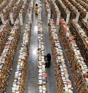 Amazons försäljning ökade med nästan 50 procent under Black Friday och thanksgiving. Arkivbild. Ross D. Franklin / TT NYHETSBYRÅN