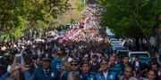 Armenier tågar i april 2018 under en ceremoni till minne av folkmordet.  Tigran Mehrabyan / TT NYHETSBYRÅN/ NTB Scanpix