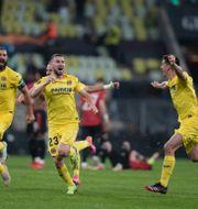 Villarreals spelare firar segern.  Michael Sohn / TT NYHETSBYRÅN