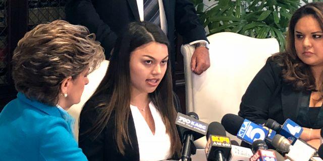 Daniella Mohazab, en av kvinnorna som stämt universitetet. Christopher Weber / TT / NTB Scanpix