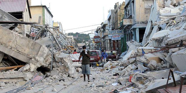 Port-au-Prince efter jordbävningen 2010.  JUAN BARRETO / AFP