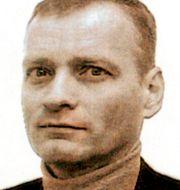 Rimdahl i mitten i samband med rättegång 1999. TT