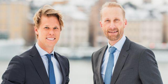 Pressbild: Carl Armfelt (tv) och kollegan på Tin Fonder Erik Sprinchorn. Tin Fonder