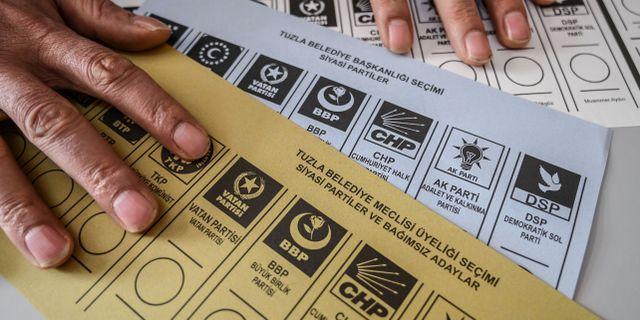 Turkiska valsedlar. Arkivbild. OZAN KOSE / AFP