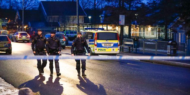 Polispatruller utanför förskolan i Hisings Kärra. En sex månader gammal flicka försvann på tisdagen utanför en förskola på Hisingen i Göteborg. Hon hittades senare oskadd. Arkivbild. Thomas Johansson/TT / TT NYHETSBYRÅN