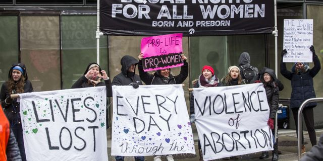 Abortmotståndare demonstrerar i Washington D.C. Zach Gibson / GETTY IMAGES NORTH AMERICA