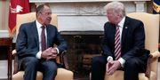 Donald Trump och Sergej Lavrov under mötet i Vita huset 2017. TT / NTB Scanpix