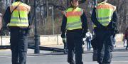 Polis bevakar halvmatatonloppet i Berlin. Paul Zinken / TT / NTB Scanpix