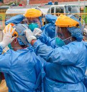Vårdarbetare i Colombia. JOAQUIN SARMIENTO / TT NYHETSBYRÅN