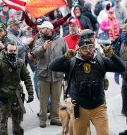 Demonstranter vid Kapitolium. Manuel Balce Ceneta / TT NYHETSBYRÅN