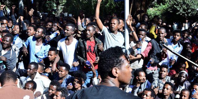 Människor protesterar i Etiopien  STRINGER / AFP