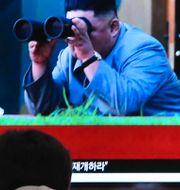 En tv-skärm i Seoul visar den nordkoreanske ledaren Kim Jong-Un.  Ahn Young-joon / TT NYHETSBYRÅN/ NTB Scanpix