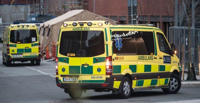 Ambulans vid S:t Görans Sjukhus i Stockholm/Arkivbild Anders Wiklund/TT / TT NYHETSBYRÅN