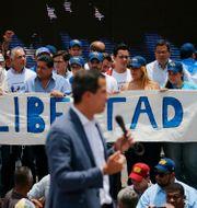 Juan Guaidó under en demonstration i Caracas i april 2019. Fernando Llano / TT NYHETSBYRÅN/ NTB Scanpix