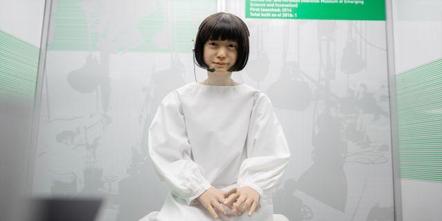 """Kodomoroid var en av de mest verklighetstrogna androiderna i världen när den byggdes som """"nyhetsuppläsare"""" åt Miraikan, Japans nationella museum för uppfinningar och ny vetenkskap. Adam Wrafterl/SvD/TT"""
