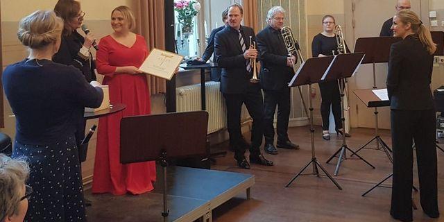 Operabyråns konstnärliga ledare Catalina Langborn och Christina Larsson Malmberg tilldelas jämställdhetspriset. KVAST/TT