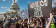 Illustrationsbild: High school-elever från Washington demonstrerar utanför Kapitolium efter skolskjutningen i Florida.  J. Scott Applewhite / TT / NTB Scanpix