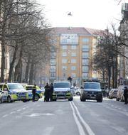 Bild från polisens insats på Birger Jarlsgatan den 27 mars. Fredrik Persson / TT NYHETSBYRÅN