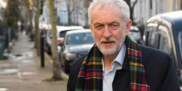 Jeremy Corbyn i London på lördagen. TOBY MELVILLE / TT NYHETSBYRÅN