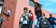 Många försöker lämna Venezuela i jakt på en bättre framtid.  Salvador Gonzalez / TT NYHETSBYRÅN
