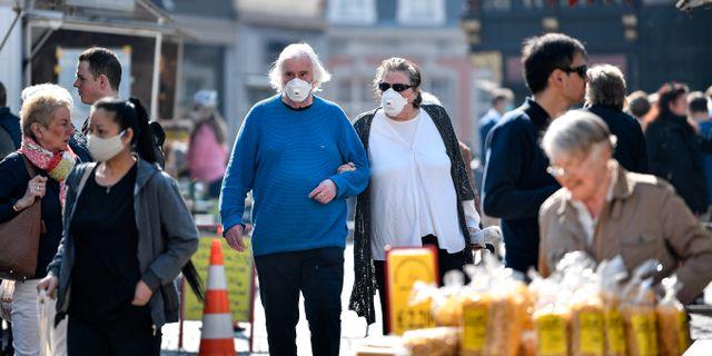 Äldre tyskar med munskydd. Martin Meissner / TT NYHETSBYRÅN