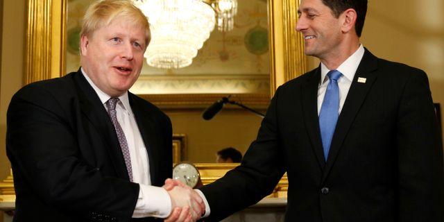 Boris Johnson träffade amerikanska representanthusets talman Paul Ryan igår och diskuterade handelsavtal. KEVIN LAMARQUE / TT NYHETSBYRÅN