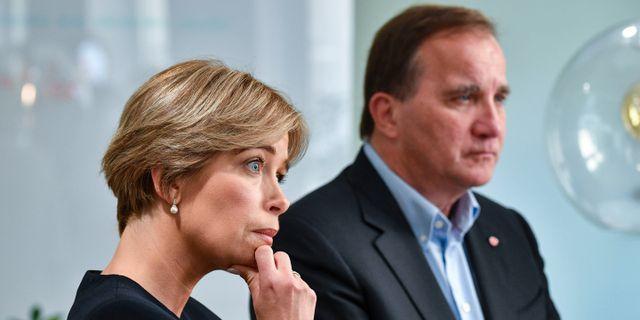 Annika Strandhäll (S) och statsminister Stefan Löfven. Arkivbild. Johan Nilsson/TT / TT NYHETSBYRÅN