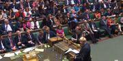 Parlamentet röstade flera gånger under kvällen. - / PRU