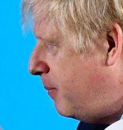 Boris Johnson höll segertal under Torypartiets valvaka.  DYLAN MARTINEZ / TT NYHETSBYRÅN
